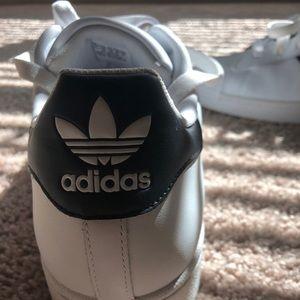 Adidas shelltoe